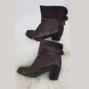 Frye Boots Size 7 Lucinda Short Weathered Leather